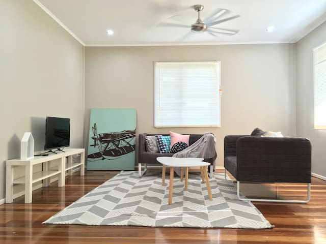Prefect 3 BRM Holiday Home | 2kms to IPSWICH CBD - Eastern Heights