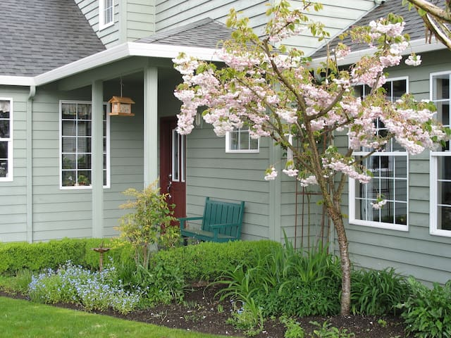 Comfortable Rooms In Wine Country - Newberg - Talo