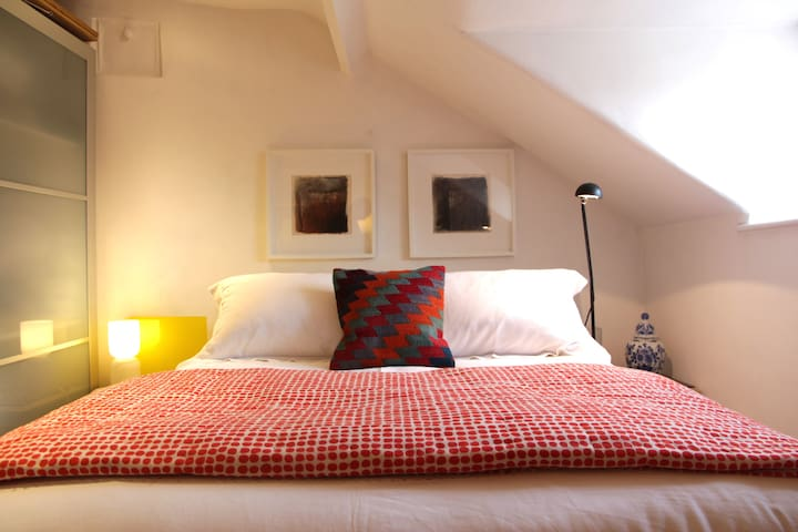 Stow on the Wold's  Suite of Rooms at the Top - Stow-on-the-Wold - 一軒家