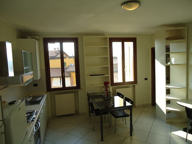 Apartment close to Lake Garda - Montichiari - Квартира
