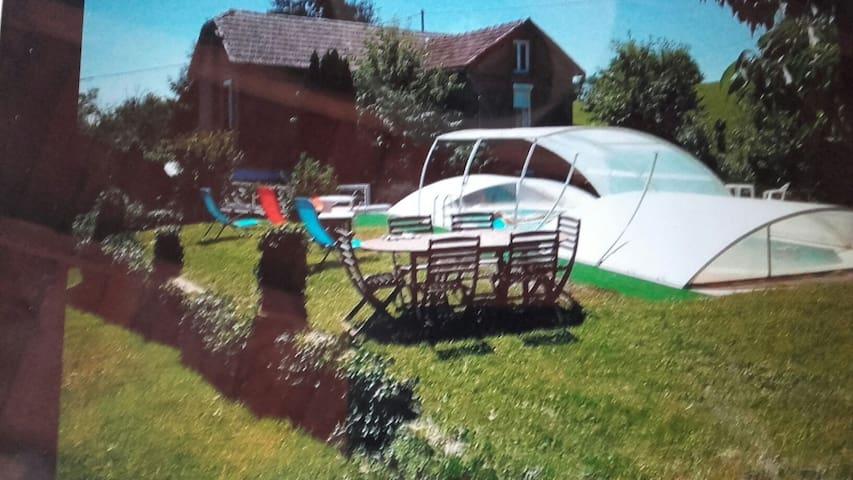 Gîte  maison campagne avec piscine - La Salvetat-Peyralès - Casa