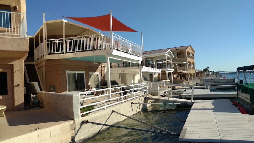 Parker Strip River Front House - Private Boat Dock - Parker
