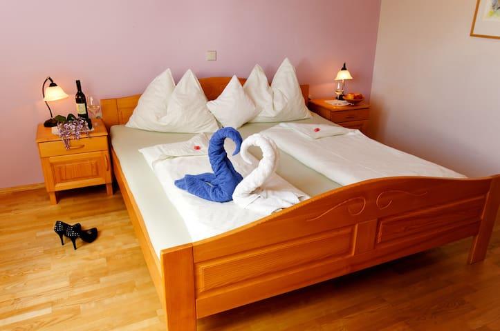 Double Room - Bed & Breakfast - Leibnitz - Oda + Kahvaltı