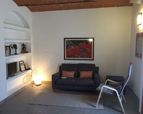 Casa di paese in toscana - Arena Metato - Ev