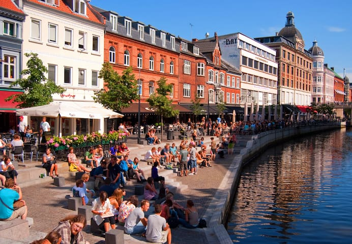 ORGANICA Bed and Breakfast. 20 min. til Aarhus C. - Malling - Bed & Breakfast