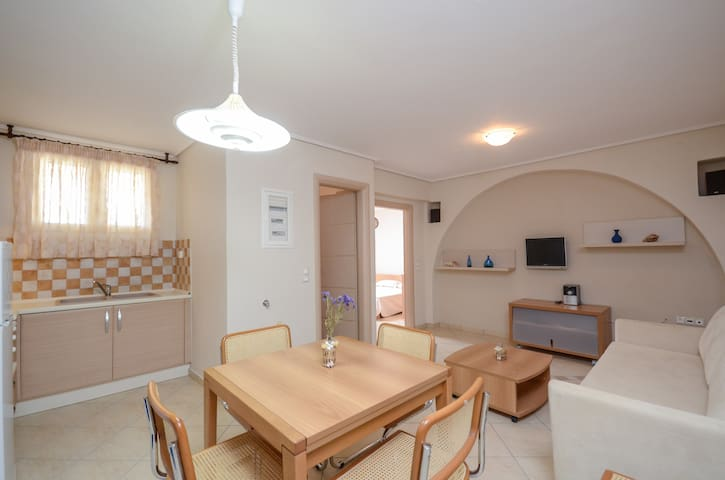 MIKRI VIGLA - ORKOS SUNSET (BASE APARTMENT) - Νάξος - Leilighet