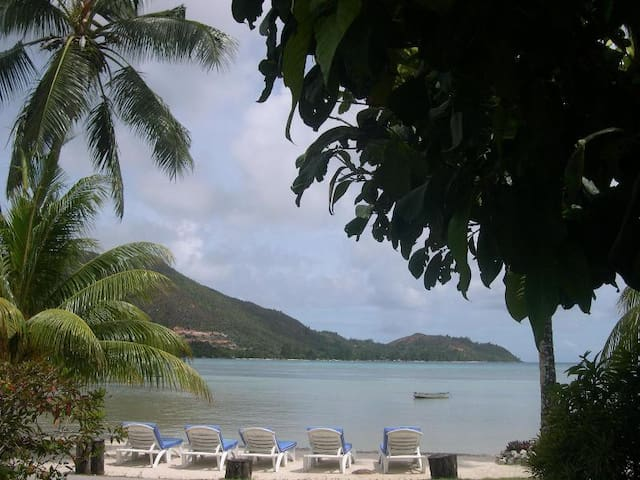 Self Catering Villas with Sea View n swimming Pool - SC - Villa