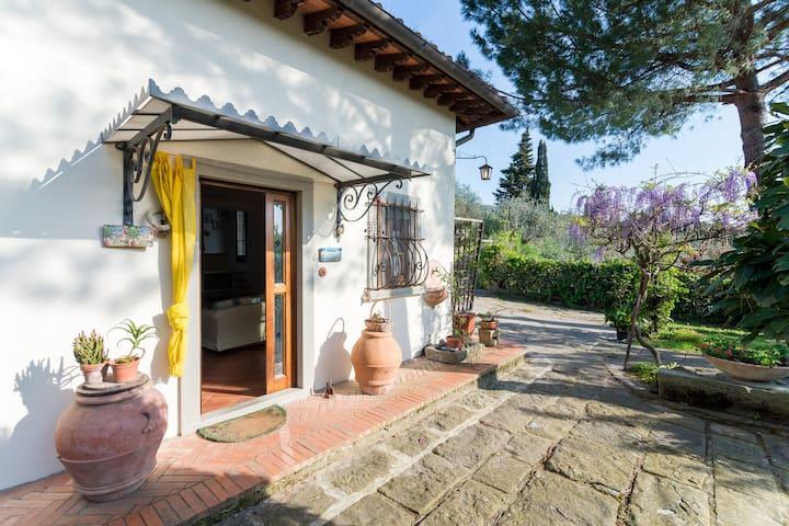 Charming house overlooking Firenze - fiesole - Villa