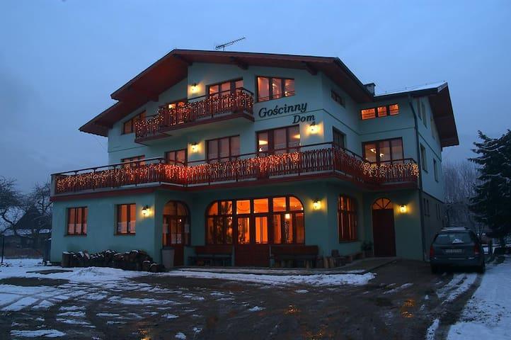 Goscinny Dom - Ustroń - Casa