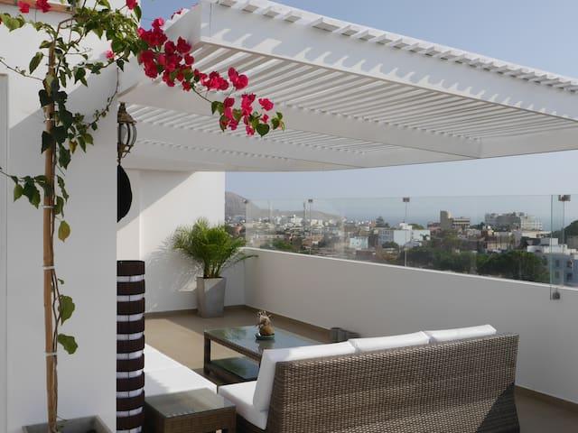 Luxury Rooftop Terrace - Private bedroom -  Lima - Lägenhet