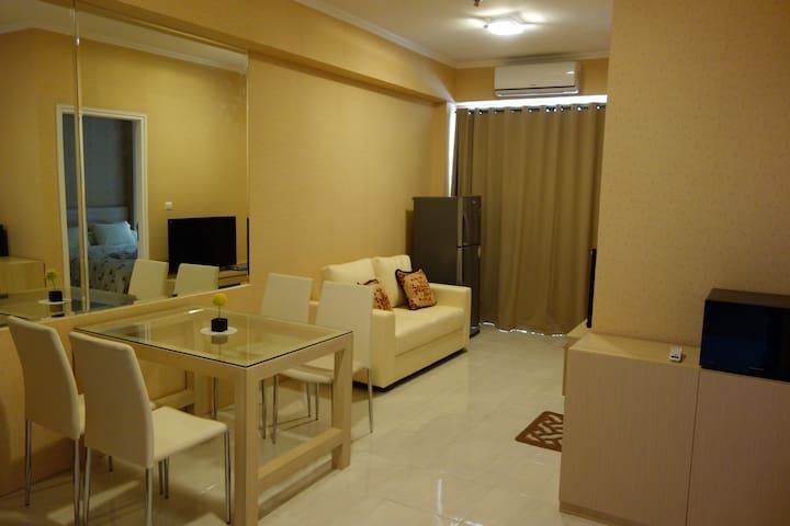 1BR apartment! GREAT PLACE & VIEW! - South Tangerang - Leilighet