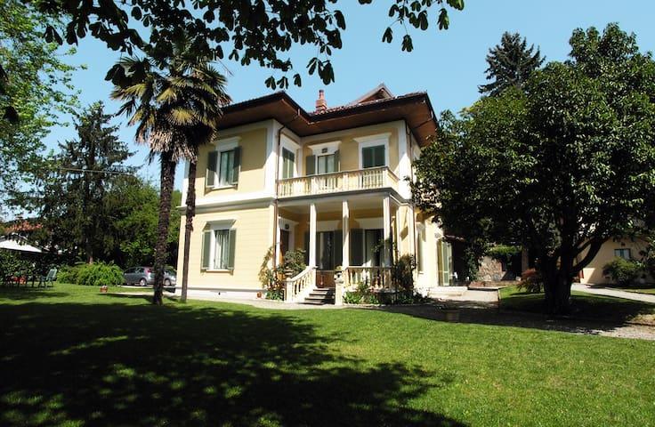 Appartamento in villa d'epoca - Albiano d'Ivrea - Appartement