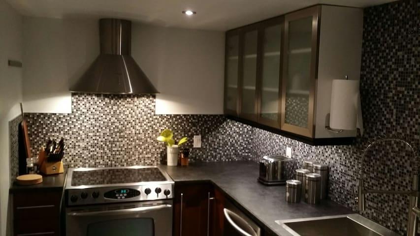Modern 2BR w/ all the upgrades - Londres - Apartamento
