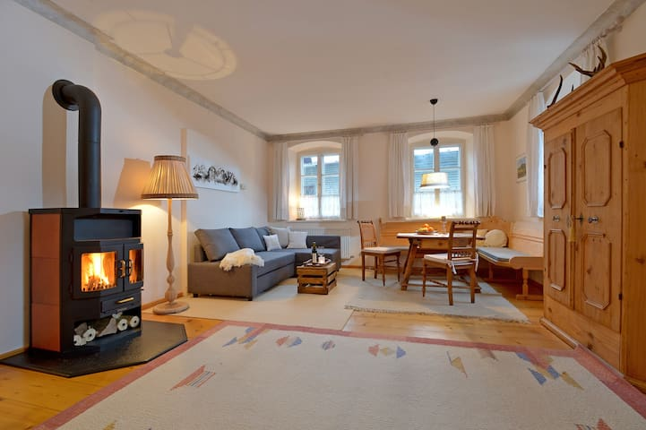 Romantic tyrolean style Apartment - Hopfgarten - 一軒家