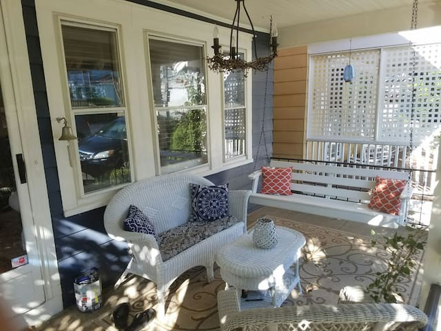 Cozy Craftsman Bungalow in Ocean Grove - Neptune Township - Casa