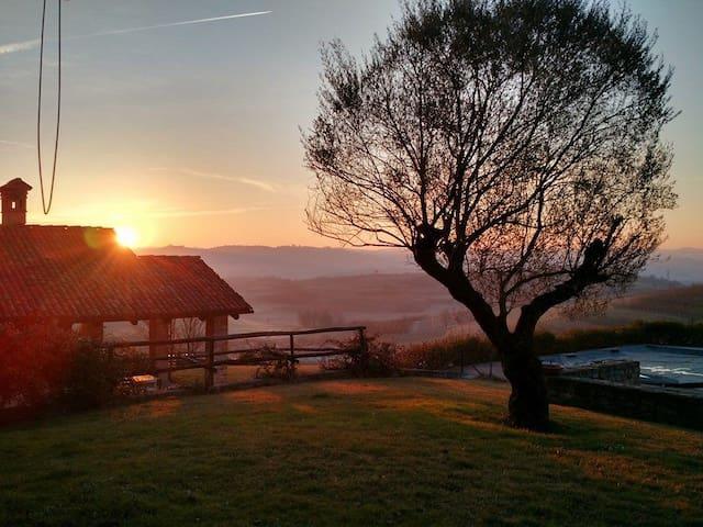 cascina del '600 ristrutturata (18 posti) - Verduno - 別荘