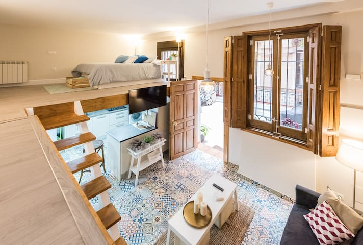 Céntrico apartamento abuhardillado - Мадрид - Квартира