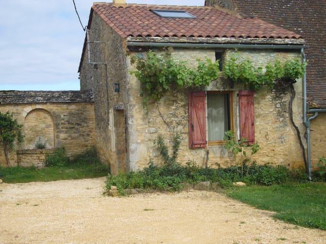 Gîte de charme en Périgord noir, avec piscine - Saint-Cybranet - Hotel ekologiczny