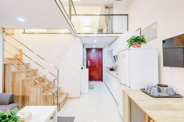 【绿叶·LOFT商务复式】地铁4号线50米的宜家风两居 - 北京市 - Apartment