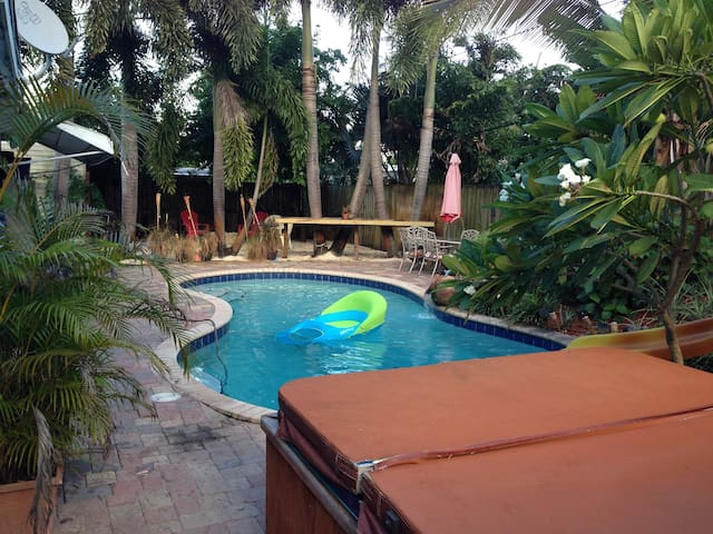 Your own piece of Florida Paradise! - Fort Lauderdale - Lägenhet