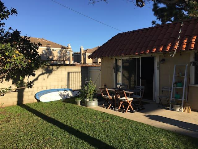 Two bedroom private cottage in Costa Mesa/Newport - Costa Mesa - Departamento