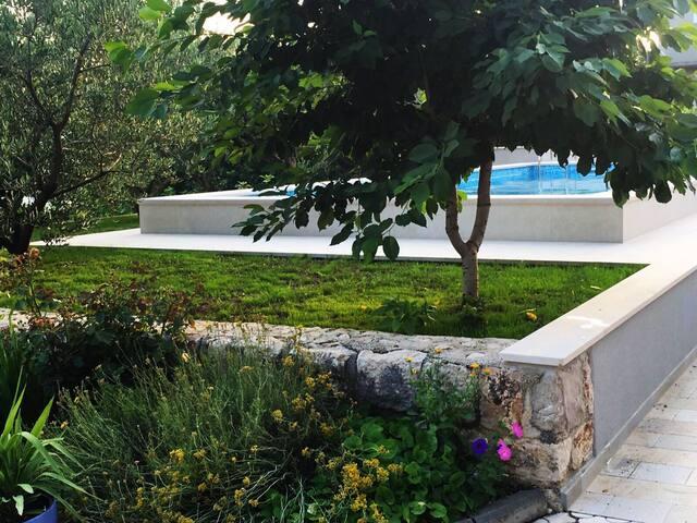 Get relaxed in charming villa Mare - Imotski - Villa