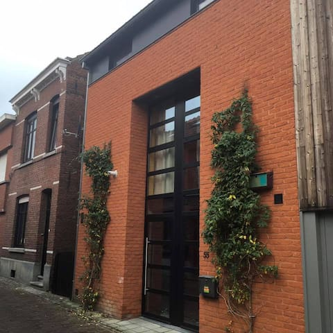 Wannes Suite with Tasty Breakfast - Leuven - Bed & Breakfast