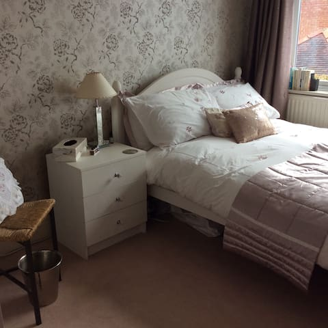Cosy Double , Southport c lounge , - Southport - Huis