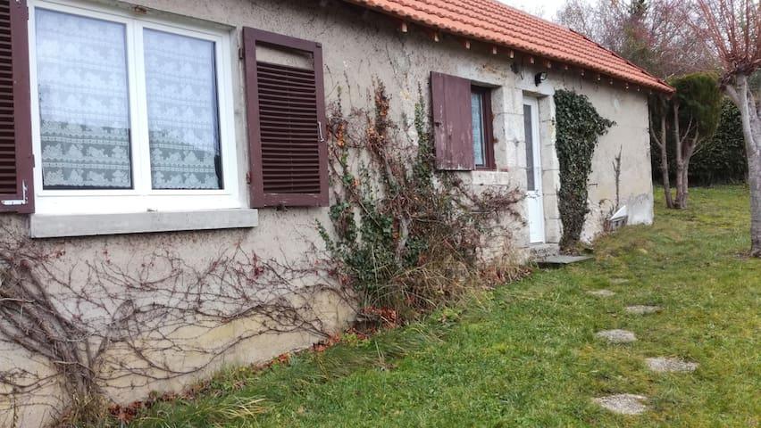 Maison Chatillon-sur-loire - Châtillon-sur-Loire - Huis
