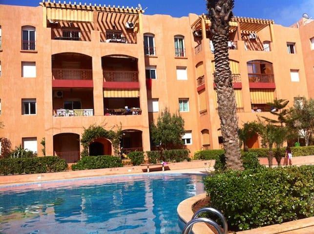 Luxury apartment with swimming pool - Casablanca