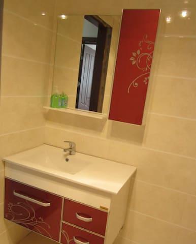 海岸葡萄庄园 3室1厅 精装修 - Qinhuangdao - アパート