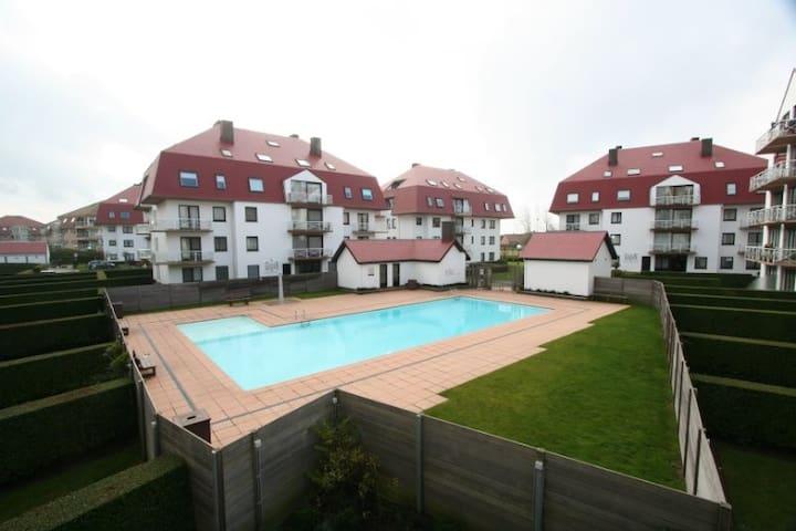 Gezellige studio met prive zwembad 300m strand - Middelkerke