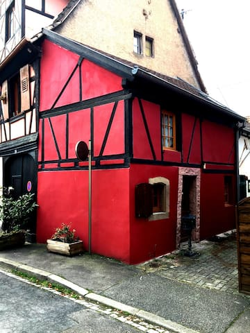 Typical Small House in the Obernai city center - Obernai