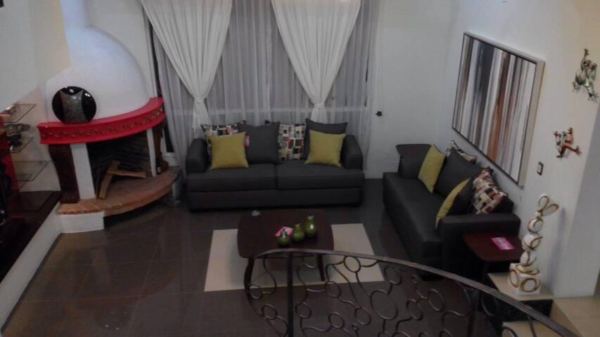 Casa ubicada en Lerma de Villada!!! - Lerma  - Huis