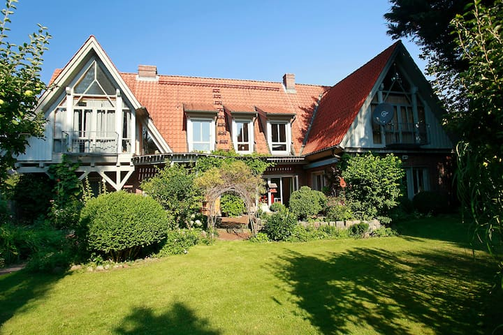 TRAUMhaus bed-and-breakfast-itzehoe - Itzehoe - Bed & Breakfast