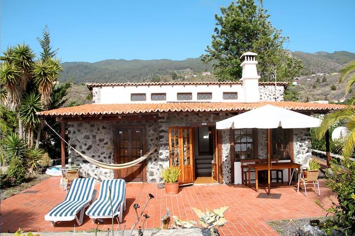 Ein tolles Haus auf La Palma - Las Manchas de abajo/ Los Llanos - Hus
