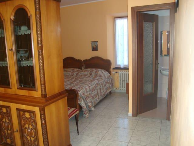 Appartamento con vista sulle Langhe - Novello - Annat