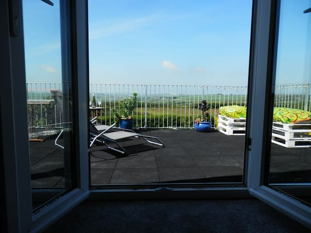2 Bedrooms & bathroom price for 2 people in 1 room - Saint Minver