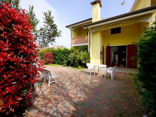 Cozy Family Style House - Villa Fiori D1. - Lido di Pomposa - Lido degli Scacchi - Villa