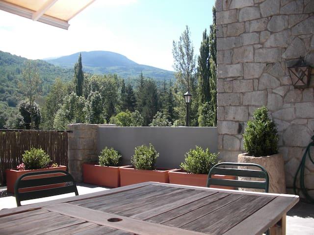 Apartamento de lujo,terraza y WIFI - Benasque - Apartament
