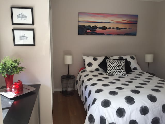 Brand new one bedroom unit Tennyson - Tennyson - Daire