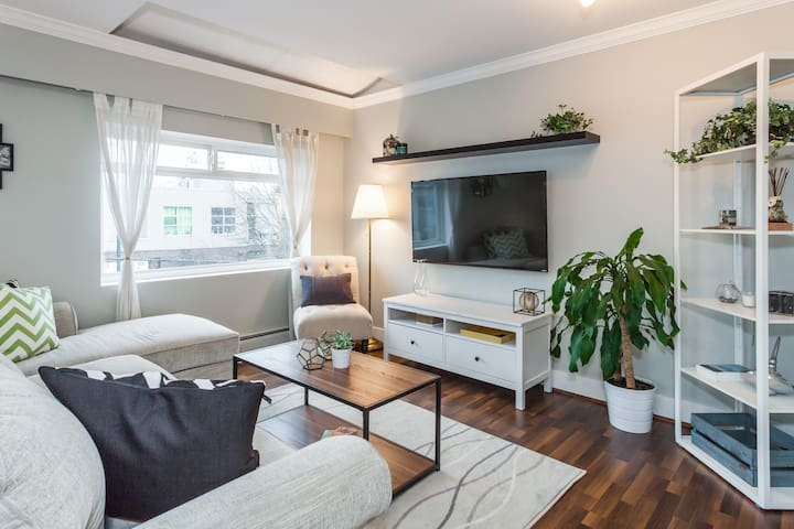 Bright & Cozy Private Bed/Bath in Mount Pleasant! - 溫哥華 - 公寓