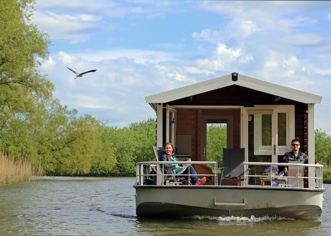 Blokhutboot in Brabante Biesbosch - Alem