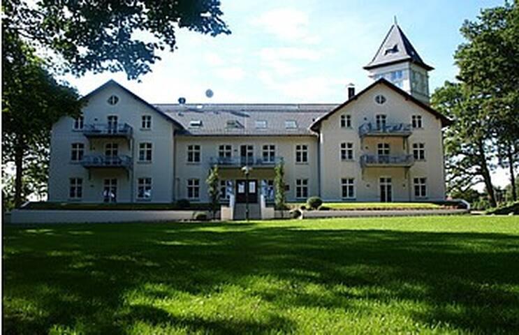 Jagdschloss zu Hohen Niendorf, Wohnung 15 - Bastorf