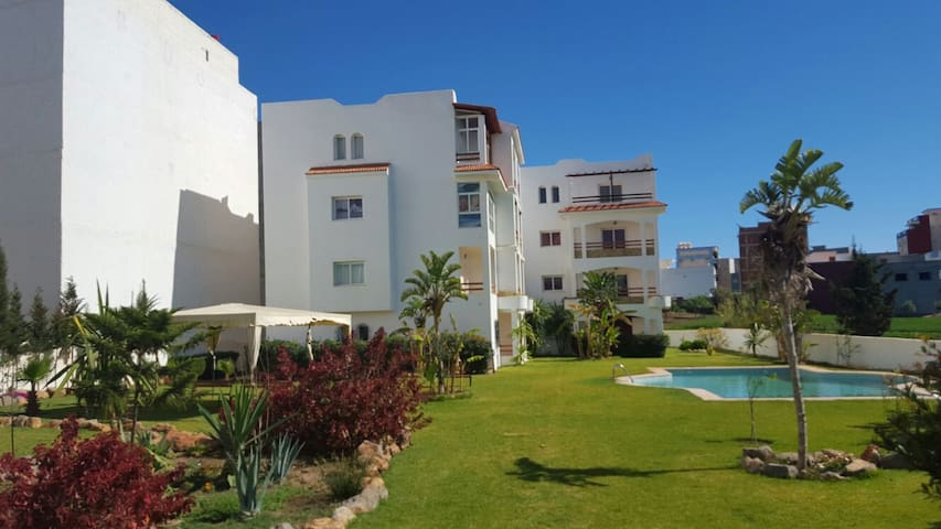 nice appt,close to beach.secure and private. - Oued Laou - Квартира