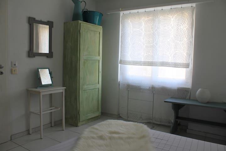 Einzelzimmer mit Charme - Bremgarten - Hus