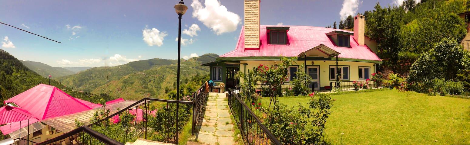Himalayan Orchard Farm Stay - Kotkhai - Rumah