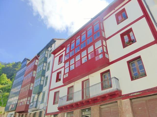 Apartamento en la costa vasca (EBI 251) - Elantxobe - Huoneisto