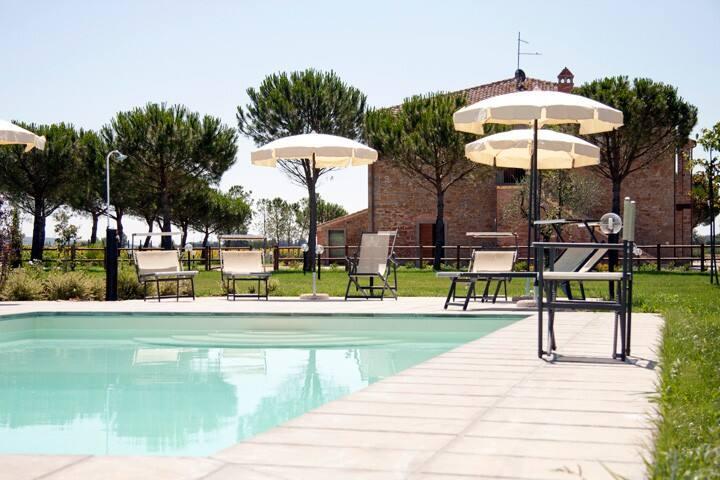 Romantic room close to Cortona - Rosa - Cortone - Bed & Breakfast