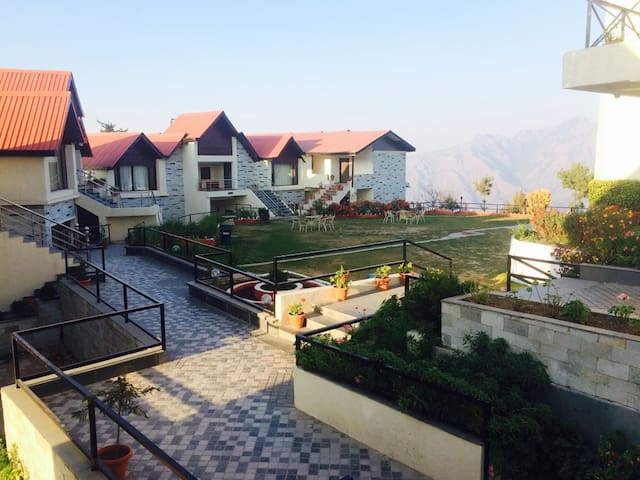 Cozy Stay Cottages With Mesmerizing View - Shimla